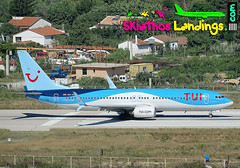 "PH-TFA Arkefly Boeing 737-800 • <a style=""font-size:0.8em;"" href=""http://www.flickr.com/photos/146444282@N02/28741385297/"" target=""_blank"">View on Flickr</a>"