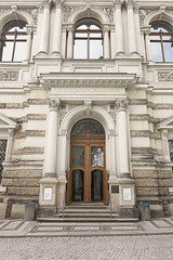 Dresden Door (Janis Engel) Tags: sony a7rii a7 ilce7rm2 sel1635gm alpha dresden