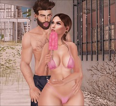 He wanna steal my ice-cream! :( (missyummycandy) Tags: secondlife second life blog blogging blogger valekoer vale koer pewpew doux