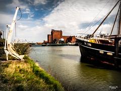 Grimsby alten Hafen (mariomüller1) Tags: uk england grosbritannien schiffe wasser natur landschaft landscap