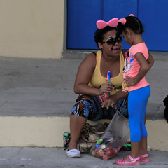 Conversations-9 (DepictingPhotos) Tags: caribbean children conversations cuba havana