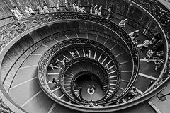 Escaping the Vatican City (Craig Hannah) Tags: vaticancity spiralstairs stairs bw blackandwhite rome italy italian people exit escape craighannah 2018 july tour tourist steps photography photos canon spiral end church religion wayout down fromabove holiday deep depth below