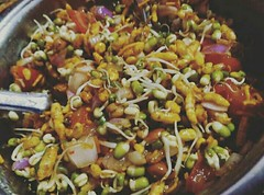 Sprouts Bhel.. Made by me..😋😋😊😊 . . . . #tasty #spicy #tomato #onion #green #chilli #coriander #leaves #mood #fresh #bhel #bhelpuri #food #foodlover #foodie #chef #cook #sprouts #yummy #photographylife #photographerlife #indianfood #in (carkguptaji) Tags: coriander photographerlife spicy photographylife instafoodie chef homemade foodlover fresh instalovers indianfood sprouts photography tasty green bhel onion cook instagood food photographer tomato foodie leaves chilli instalove mood instafood bhelpuri yummy