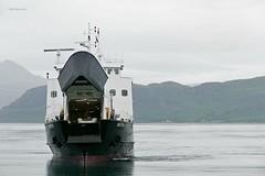 """""""Skutvik"""" (OlafHorsevik) Tags: skutvik torghattennord thn ferge ferga ferry ferja ferje rv17 fv17 kystriksveien jektvik kilboghamn sørfjorden"""