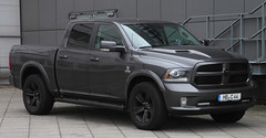 Ram Truck (Schwanzus_Longus) Tags: german germany bremen modern pickup pick up truck dodge ram 1500 crew quad cab