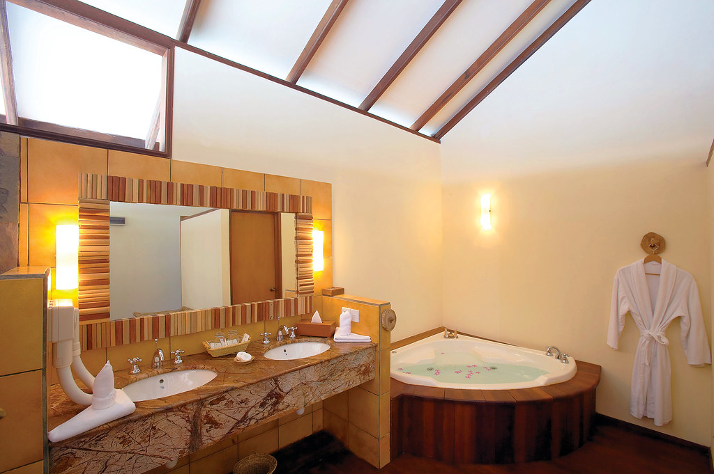 Water Villa - Bathroom