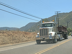 Roll Off Truck 7-3-18 (Photo Nut 2011) Tags: california garbagetruck trashtruck sanitation wastedisposal waste truck garbage junk trash refuse sandiego rolloff peterbilt