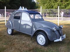 1957 Citroën 2CV AZL (jane_sanders) Tags: goodwood festivalofspeed westsussex sussex gfos fos cartierstyleetluxe citroën2cvazl citroën 2cv azl