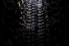 ラビリンス (Wilson Au | 一期一会) Tags: fujifilm xe2 7artisans25mmf18 hongkong building housing dark contrast 香港 shadow manualfocus quarrybay