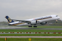 Singapore Airlines Airbus A350-900 9V-SMR (SimonFewkes) Tags: man egcc manchesterairport manchester avgeek aircraft aviation aircraftphotography aeroplanes aviationphotography airport aircraftphotos aircraftspotter aeroplane spottinglog spotting planes plane planespotting 9vsmr