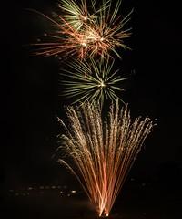 P7020137 (Copy) (pandjt) Tags: ottawa canadaday beaconhill beaconhillcommunityassociation ontario fireworks loyolapark
