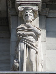 Mysterious Woman Dame Winter Caryatid NYC 5435 (Brechtbug) Tags: stone ladies courthouse roof statues across from madison square park new york city caryatid atlantid 2018 nyc 07152018 art architecture gargoyle gargoyles statue sculpture sculptures facade figures column columns court house law government building lady women woman figure form far east buildings mysterious dame winter seasons