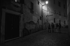 Friends (w.i.l.l.b.u.r) Tags: street streetphotography via roma rome city italy friends company photo photography photographer nikon sigma 1750mm style viewpoint emotions elements willbur light lampione luce night trastevere notte finestre windows urban