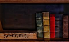 Books (gnlinares25) Tags: peñíscola canon canoneos77d canoneosefs18200mmf3556is books old latin templarios