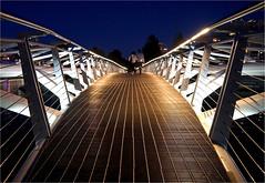 Canoe Bridge (leuntje) Tags: vancouver britishcolumbia canada falsecreek creekside olympicvillage footbridge pedestrianbridge bluehour nightshot couple canoebridge
