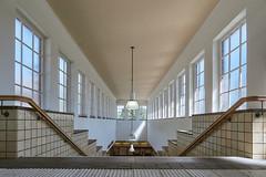 Leading lines (Ulrich Neitzel) Tags: architecture architektur fenster hamburg hochbahn interior mzuiko918mm metro olympusem1 saarlandstrasse stairs stairway station treppe window