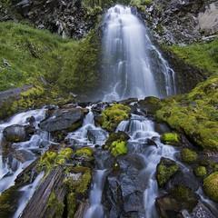 Stones (lba36) Tags: waterfall crater lake moss