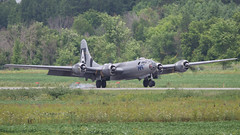 A98I2716 (CdnAvSpotter) Tags: fifi b29 superfortress boeing airplane aviation warbird vintage wings gatineau airport cynd ynd canada ottawa commemorative air force caf airpowertour marshallers ground crew bomber