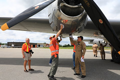 100A9829 (CdnAvSpotter) Tags: fifi b29 superfortress boeing airplane aviation warbird vintage wings gatineau airport cynd ynd canada ottawa commemorative air force caf airpowertour marshallers ground crew bomber
