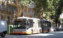 AMT 2105 (Lu_Pi) Tags: amt genova autobus bus filobus filosnodato busarticolato trolleybus vanhool ag300t amtgenovalinea20