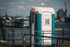 TOI TOI ❤️ (michael_hamburg69) Tags: hamburg germany deutschland hafen harbour harbor hafenkulisse stadtbild elbphilharmonie elphi sightseeing toitoi toilet toilette dixi klo wasser hafenblick ❤️ toilettenkabine schiff ponton brücke bridge hafenromantik