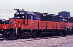 2K (aka 2000) (GRNDMND) Tags: trains railroads milwaukeeroad cmstpp locomotive emd gp40 bensenville illinois
