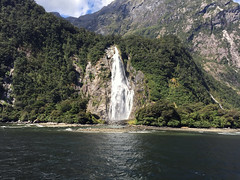 Bowen Falls (syf22) Tags: newzealand kiwi downunder southisland southernalps mountains hill rock water watercourse waterfalls falls rush downrush milfordsound