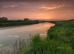 Warm running (Through Bri`s Lens) Tags: sussex bramber riveradur hightide riverbank sunset brianspicer canon5dmk3 canon1635f4 leefilters