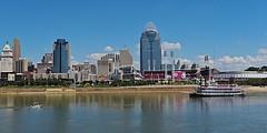 Ohio River at Cincinnati (durand clark) Tags: riverboat bbriverboats ohioriver cincinnati covington ohio riverfront southwestohio nikond750 cincinnatireds