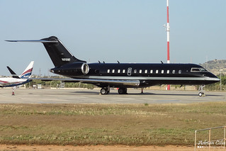 Private --- Bombardier BD-700 Global Express --- N618WF