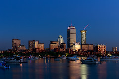 Boston, 4th July 2018 (chris_brearley) Tags: boston backbay bluehour july 4july july4 independenceday celebration independence charlesriver river boats kayaks 2018 travel travelphotography night