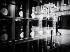 reflection (Sandy...J) Tags: reflection urban noir street streetphotography sw schwarzweis strasenfotografie stadt silhouette shadow spiegelung monochrom man mono city blackwhite walking walk light germany deutschland