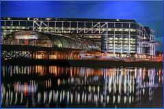 Nächster Halt; Hauptbahnhof Berlin (magritknapp) Tags: berlinhauptbahnhof spiegelung himmel reflection sky ciel réfléchissant cielo dereflexión céu reflexão riflessione reflectie hemel reflektion refleksion himlen odbicie niebo 7dwf