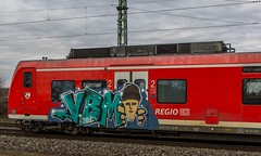 051_2018_03_10_Menden_0425_608_&_0425_108_DB_RE8_Mönchengladbach (ruhrpott.sprinter) Tags: ruhrpott sprinter deutschland germany allmangne nrw ruhrgebiet gelsenkirchen lokomotive locomotives eisenbahn railroad rail zug train reisezug passenger güter cargo freight fret staugustin mendenrheinl koblenz köln db dispo mrcedispolok rtb sbbc sncb eloc rb27 ice ic es64u2 es64f4 rurtalbahn pcc mosolf txltxlogistik wlb 0037 1216 4482 6101 6143 6145 6151 6152 6185 6186 7186 6187 6189 6193 0425 bahnbaugruppe logo outdoor natur graffiti