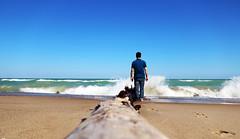 When the rest of Heaven was blue (ByotA .. Off) Tags: waves wind sand man sky blue beach trunk stump footprint storm alone omar byota canoneosrebelt6i 2017 2018 music classic bach edgarallanpoe