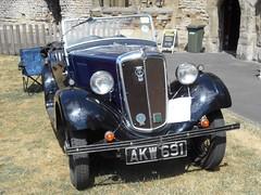 West Midlands Classic Car Club annual show 42 (Mount Fuji Man) Tags: westmidlandsclassiccarclub annualshow classiccar courtyard july2018 dudleycastle