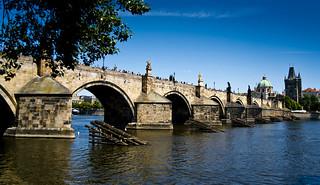 Paraxocs fluvial / Bridge bumper