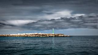Un phare à Faro (Ilha Deserta)