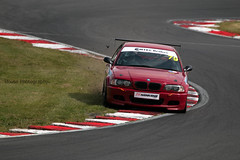330 Challenge - Andrew Lightstead ({House} Photography) Tags: deutsche fest 2018 tegiwa m3 cup 330 challenge mtec brakes bmw german brands hatch uk kent fawkham indy circuit car automotive canon 70d housephotography timothyhouse sigma 150600 contemporary andrew lightstead off track crash grass
