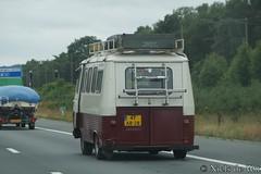 1978 Peugeot J7 (NielsdeWit) Tags: nielsdewit car 47ab28 peugeot j7 driving highway a12 j7pz10
