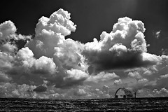 Barn / clouds (Bo Dudas) Tags: barn clouds sky bw blackwhite blackandwhite black field prairie shadow tree desolate horizon perspective contrast composition outdoors nature farm pattern storm gray mono monochrome bnw
