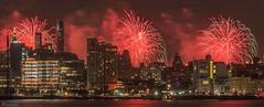 Macy's 4th of July Fireworks 2018 (dansshots) Tags: dansshots fireworks fireworksonthehudson macysfireworks macys4thofjulyfireworks macys hudsonriver nikon nikond750 70200mm picoftheday pictureoftheday nightphotography nightshot newyorkcity newyork newyorkatnight nyc