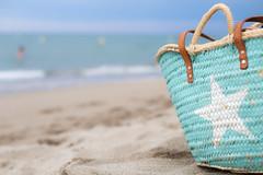 Azul (Nathalie Le Bris) Tags: azul turquesa bokeh playa mediterraneo estrella star blue turquoise
