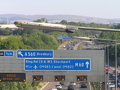 M60 Another Queue! (J_Piks) Tags: motorway m60 manchester ringroad road highway denton sign roadsign lampposts streetlighting streetlamps