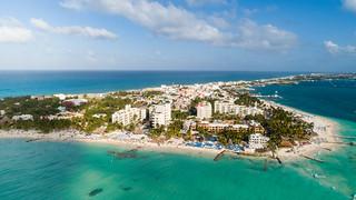 Luftbildaufnahme der Isla Mujeres in Mexiko