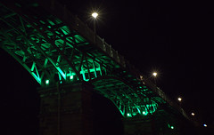 Scarborough bridge (Tony Worrall) Tags: britain english british gb capture buy stock sell sale outside outdoors caught photo shoot shot picture captured england regional region area northern uk update place location north visit county attraction open stream tour country welovethenorth night dark green painted bridge lit lights lamp cross crossing high shine scarborough yorkshire resort tourist