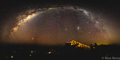 Arching over The Giant (rossmberry) Tags: milkyway hawkesbay tematapeak havelocknorth newzealand mars
