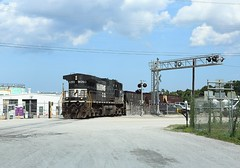 9050, Charleston SC, 27 June 2018 (Mr Joseph Bloggs) Tags: gec409w ge c409w dash9 ns norfolk southern switching local train treno bahn railroad south carolina usa united states america freight