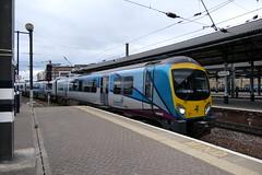 185_143-09 (Ian R. Simpson) Tags: 185143 class185 siemens desiro dieselmultipleunit dmu train firsttranspennineexpress first firstgroup eastcoastmainline ecml