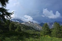 l'orage approche... (bulbocode909) Tags: valais suisse pansdesmodzons montagnes nature printemps arbres mélèzes nuages orages vert bleu ovronnaz groupenuagesetciel